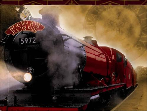 http://steampunkary.com/wp-content/uploads/2010/02/hogwarts-express-train.jpg