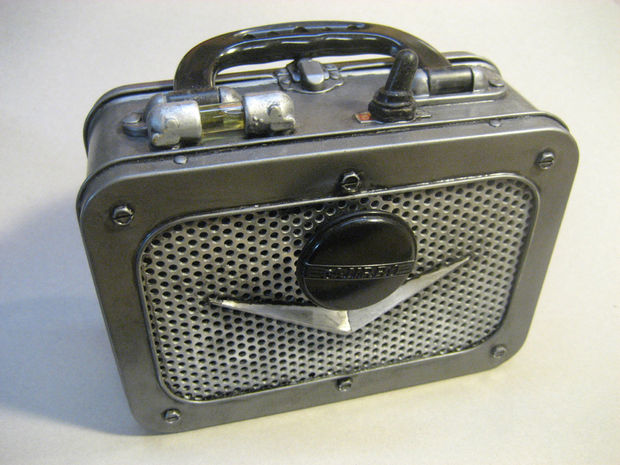 DIY Steampunk Amplifier