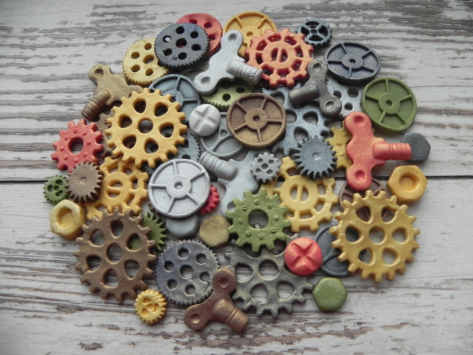 Edible Steampunk Gears & Ornaments for a Steampunk Birthday Party