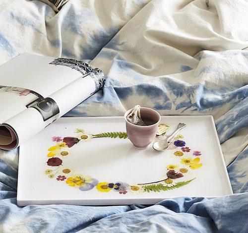 DIY Victorian-Style Pressed Flower Tea Tray